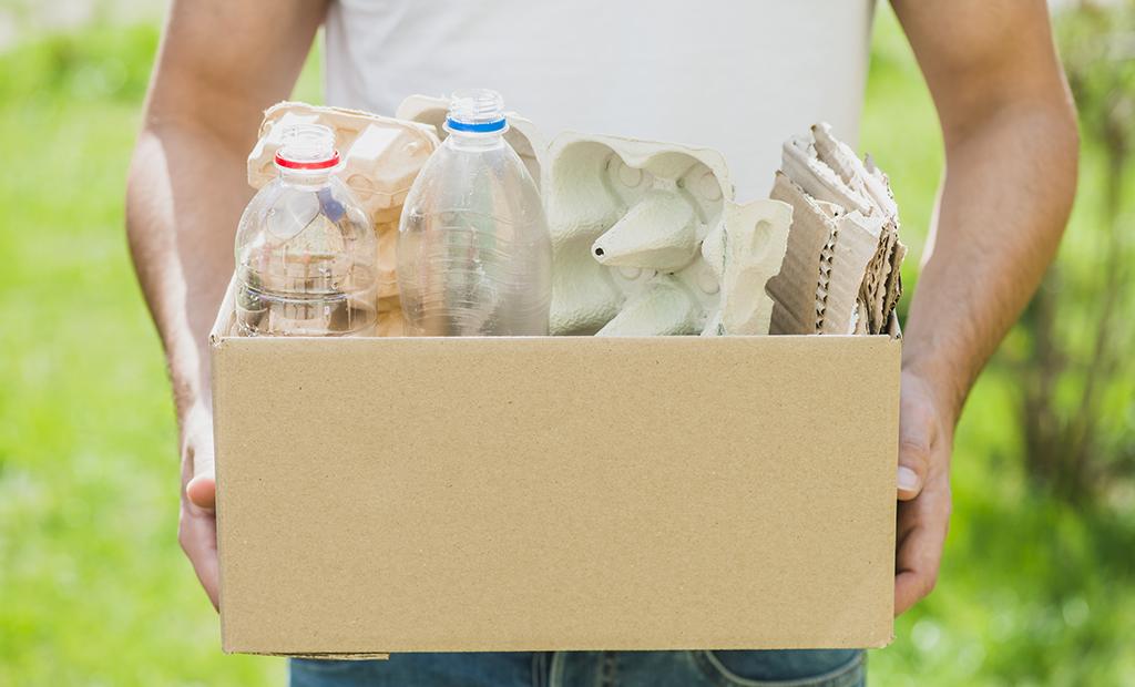 Instituição coleta recicláveis e tem cerca de R$ 5 mil em descontos na conta de energia