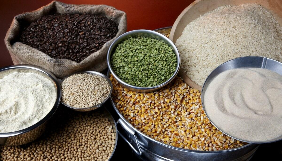 Commodities agrícolas em diversas embalagens