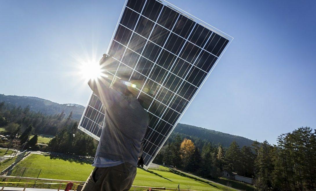 Saiba como implementar a energia solar na fazenda